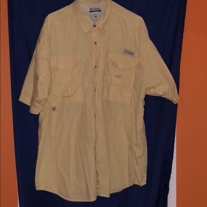 Men's Columbia yellow shirt size xl